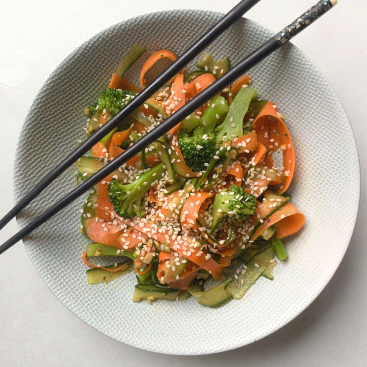japońska sałatka z ogórków i marchewki