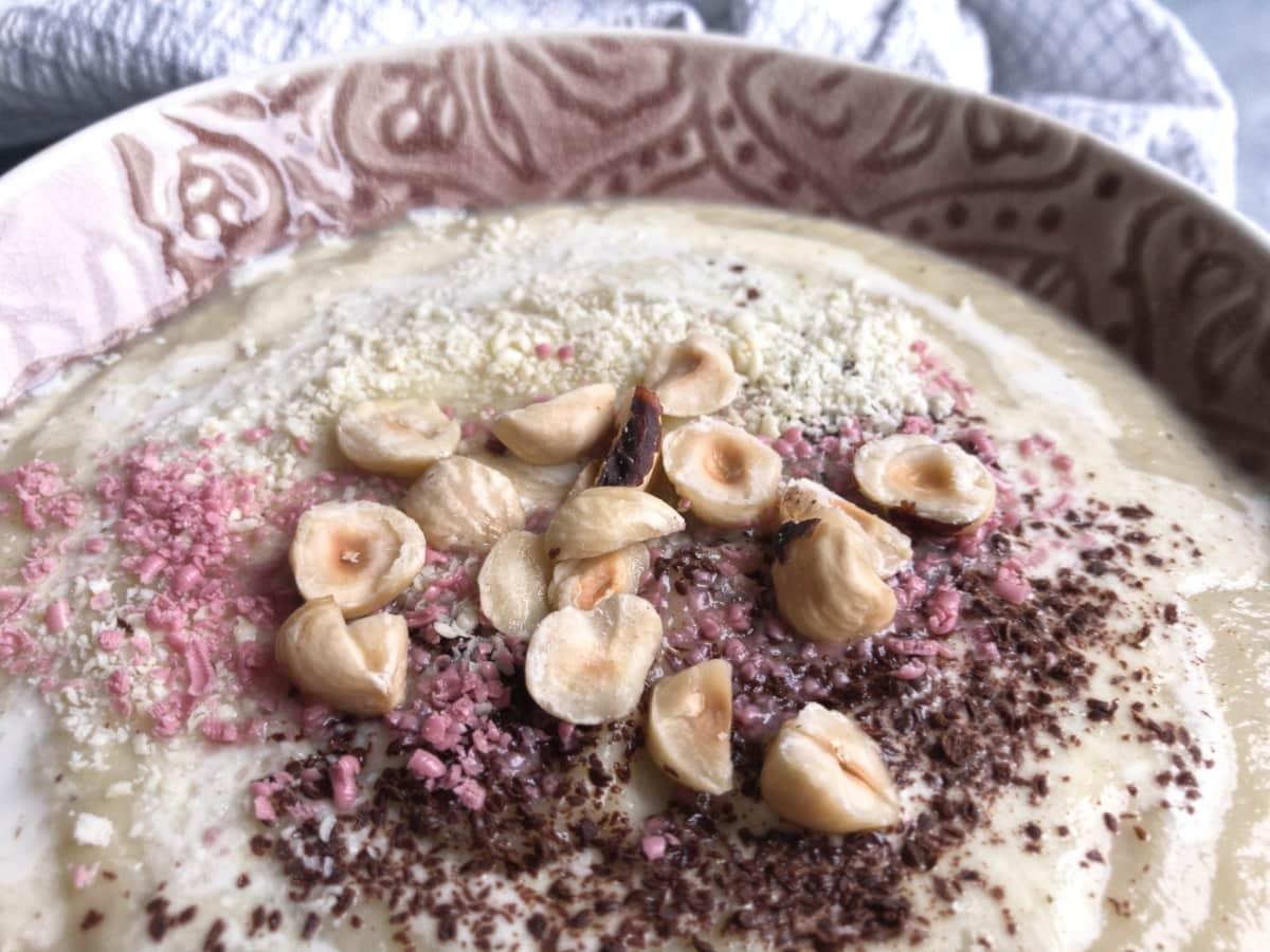 krem z selera z białą czekoladą i orzechami 2