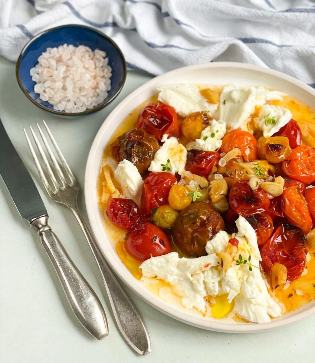 sałatka z pieczonych pomidorów 2